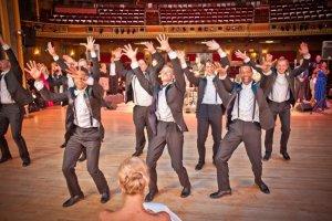 baile grupo bodas